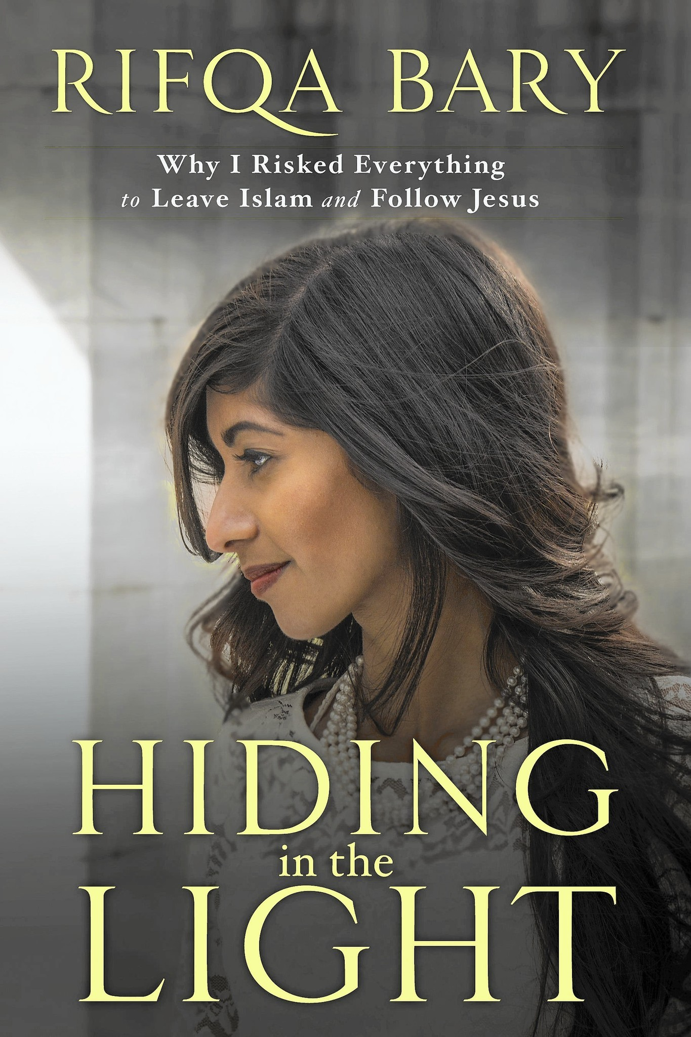 AFV-HIDING-INTHELIGHT-BOOKREVIEW