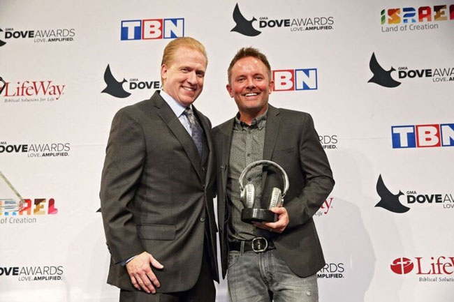Chris-Tomlin-Dove-Awards